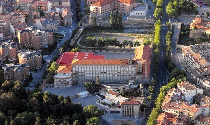 Claret Segovia.jpg