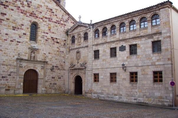 Seminario Menor San Atilano.jpg