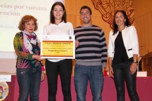 Ana Isabel Martínez, Tania Suárez y Carlos Álvarez, del Colegio Marista San José de León