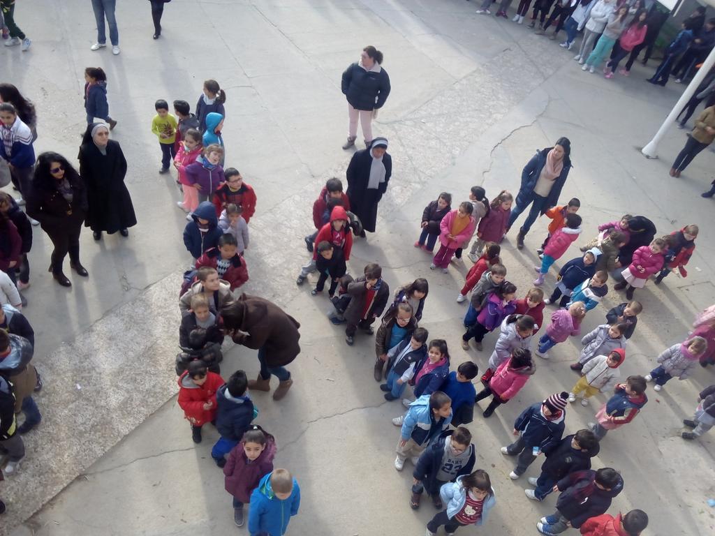 Colegio Santísima Trinidad El Tiemblo Día de la Paz 02