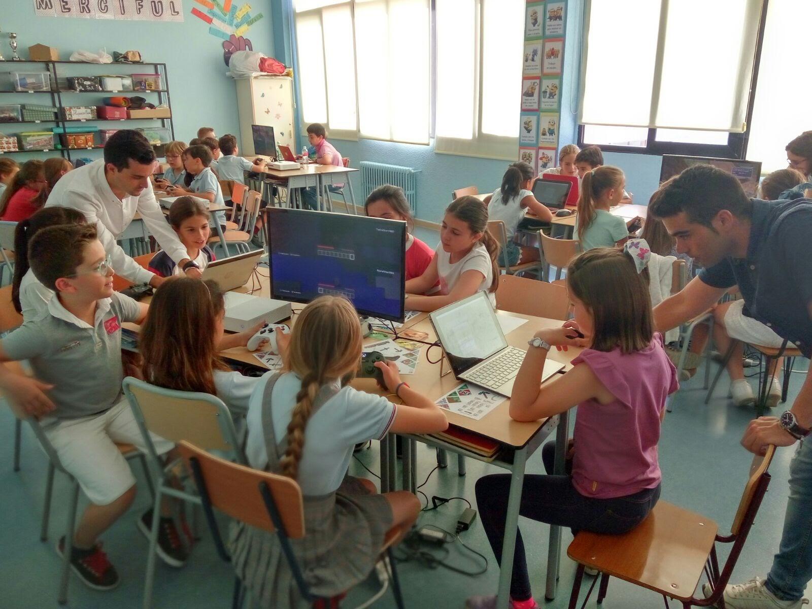 Colegio San Agustin Valladolid Minecraft 01