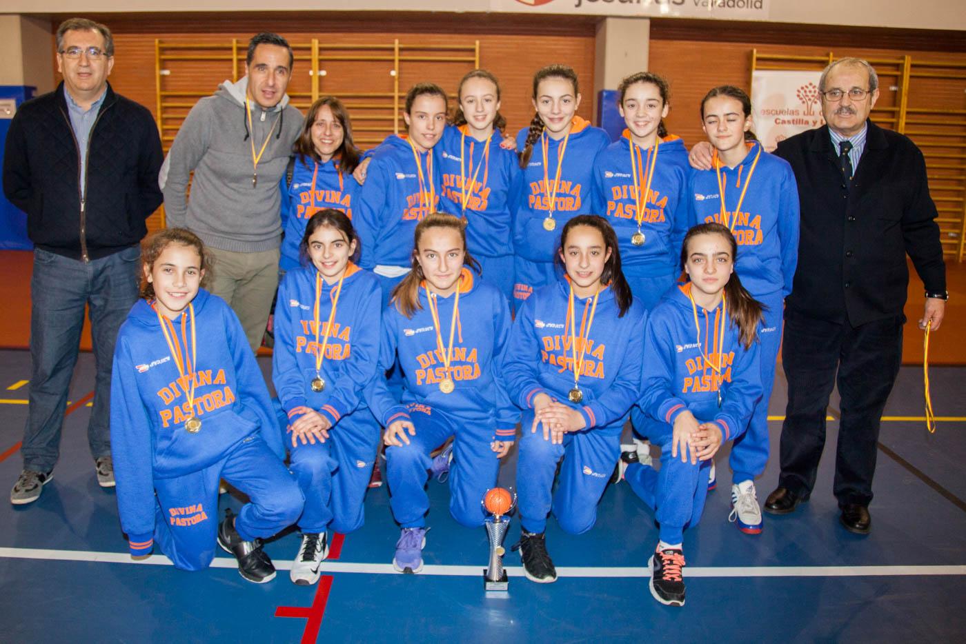 Colegio Divina Pastora (León), campeón de baloncesto femenino