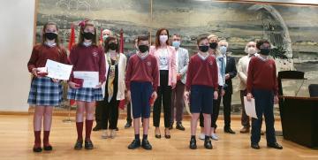Alumnos del Colegio La Anunciata (León), premiados en el Concurso Consumópolis por su sensibilidad con el consumo responsable