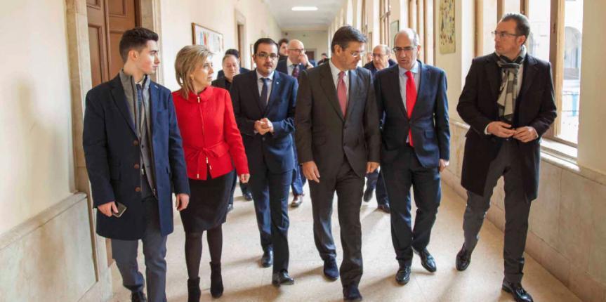 El Ministro de Justicia, Rafael Catalá, visita el Colegio San Agustín (Salamanca) en su Semana de Formación Enseñar Educando