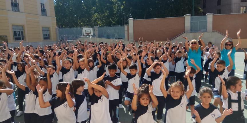 Un comienzo diferente: niños feliz-mente inteligentes. Colegio Amor de Dios (Valladolid)