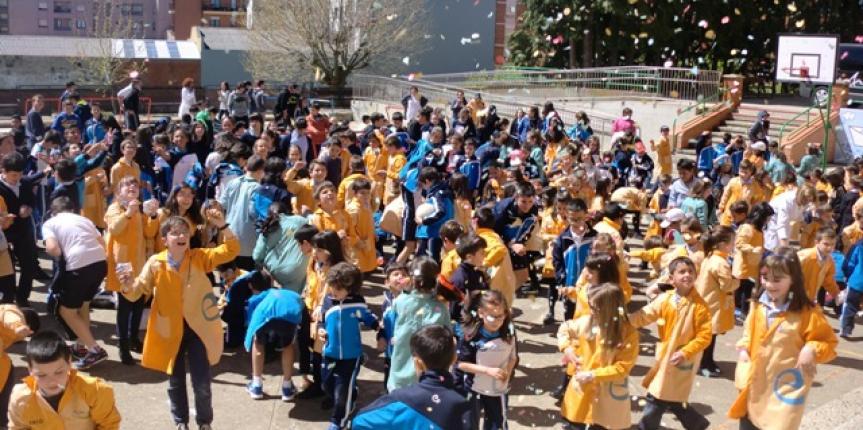 Semana de Amigos del Mundo en el Colegio Paula Montal (Astorga)
