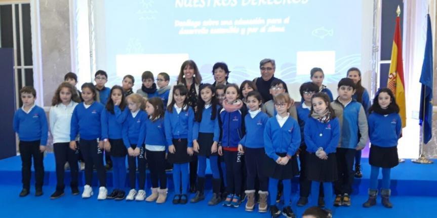 Alumnos de Maristas Segovia participan en la Conferencia del Clima y se reúnen con la ministra de Educación