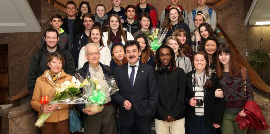 Estudiantes estadounidenses visitan León con el programa de intercambio del Colegio Divina Pastora