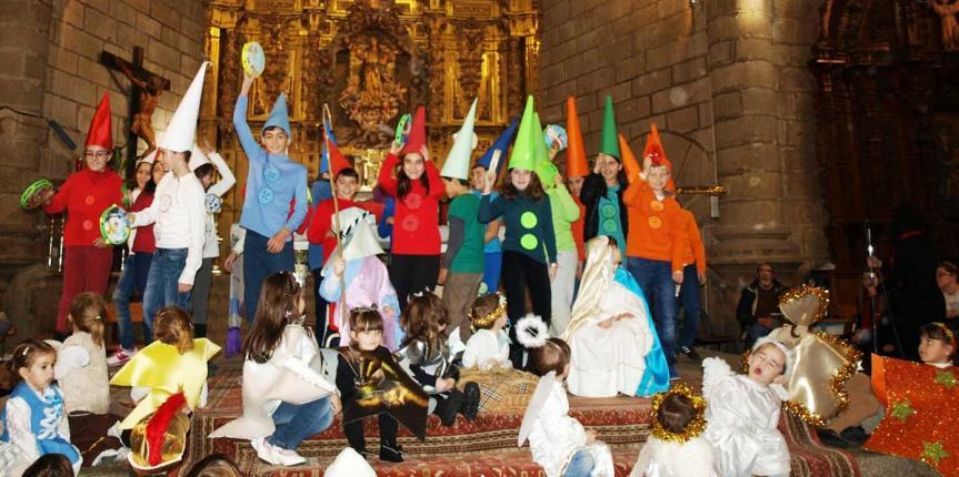 El Colegio Santísima Trinidad (El Tiemblo) pone música y valores a la Navidad