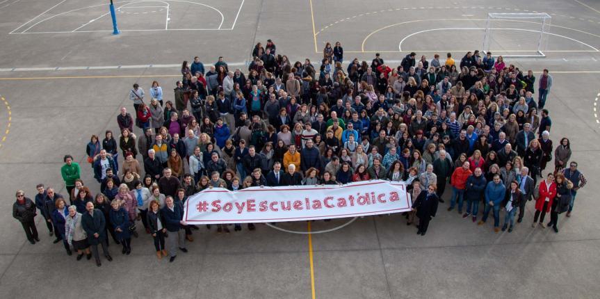 """León celebra el Día de Escuelas Católicas reuniendo a sus docentes, """"verdaderos maestros de la fe"""""""