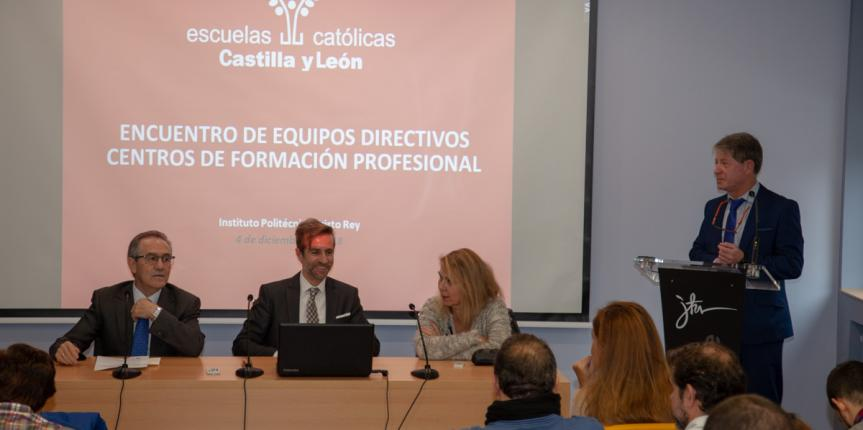 Escuelas Católicas Castilla y León se acerca a la Formación Profesional online como alternativa real de futuro