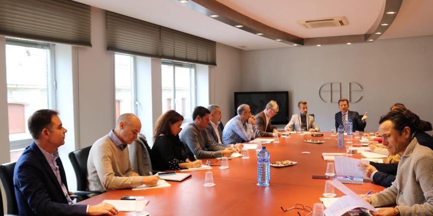 Los centros de FP de Escuelas Católicas de León se reúnen con la Federación Leonesa de Empresarios