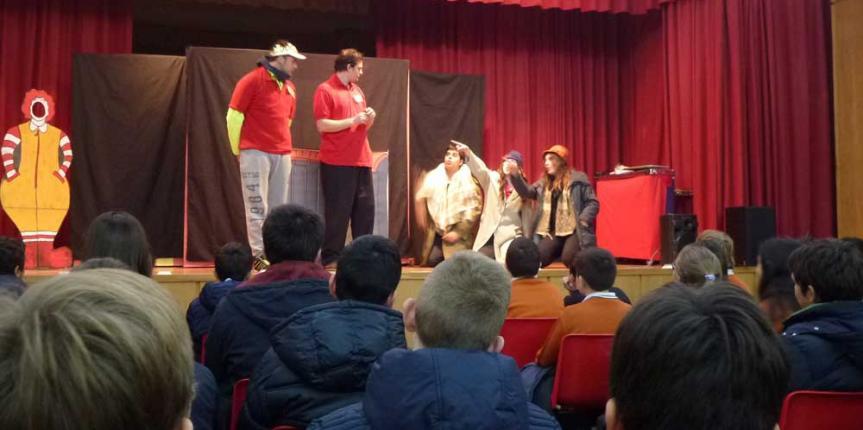 Teatro en inglés para los alumnos del Colegio Divina Pastora (León)