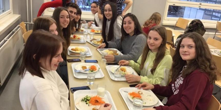 Un grupo de alumnos del Colegio Salesiano San José (Salamanca) cambia Pizarrales por Finlandia durante una semana