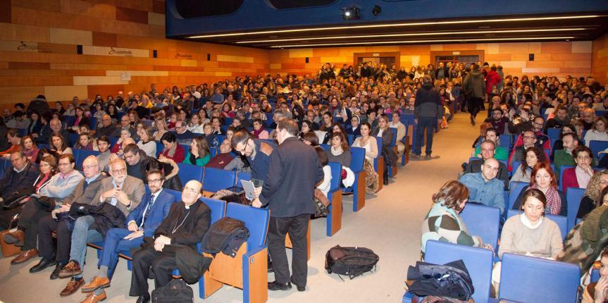 Más de 400 docentes de la escuela concertada católica se reúnen en Burgos en el primer 'Encuentro de educadores'
