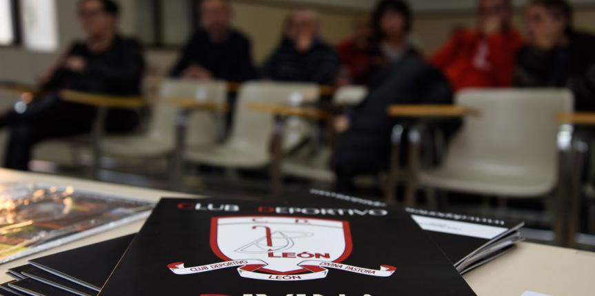 Deporte y solidaridad en el Colegio Divina Pastora (León)