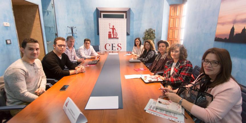 Escuelas Católicas Castilla y León muestra su Formación Profesional a los empresarios de Salamanca