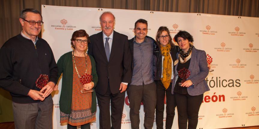 Escuelas Católicas Castilla y León entrega sus Premios 2016 a Vicente del Bosque, tres centros y tres docentes