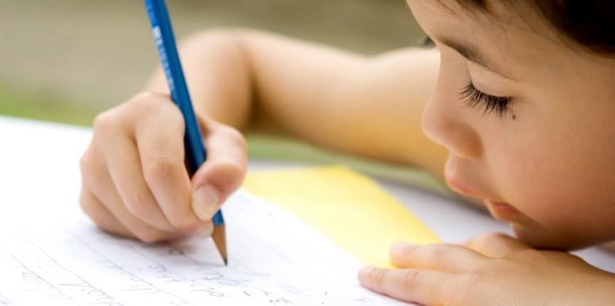 """Deberes escolares. """"Docentes, padres y alumnos deben sentarse para coordinarse y llegar a un acuerdo"""""""