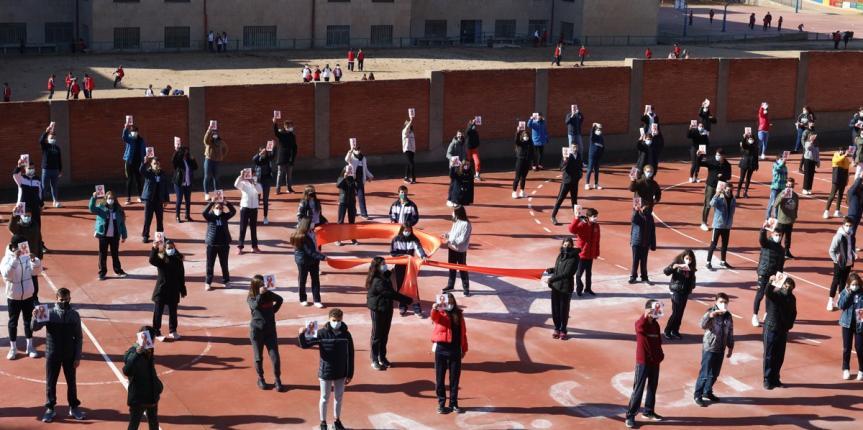 Los padres del Colegio Trinitarias de Salamanca se suman a la campaña Más Plurales contra la Ley Celaá