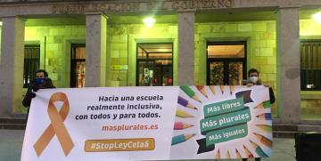 Zamora también protesta contra la Ley Celaá en defensa de la libertad y la pluralidad educativa