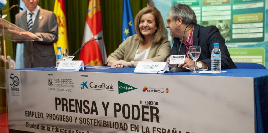 """Fátima Báñez: """"Desde el PP apoyaremos siempre la libre elección de centro porque es como se construye también España, con libertad"""""""